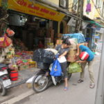 Jour 18 - Hanoi scène de rue 1 (moto)
