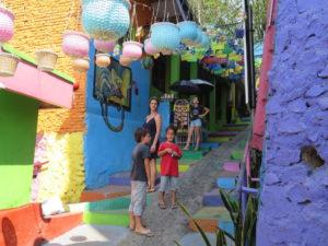Jour 10 - Rainbow village 5