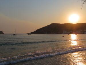 Jour 1 - Vathi au coucher du soleil